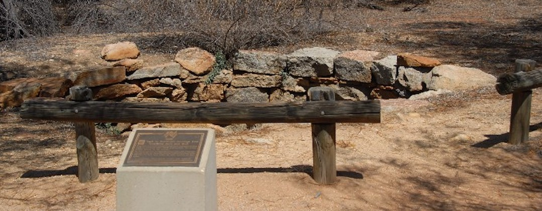 Gnarlbine Well and Plaque