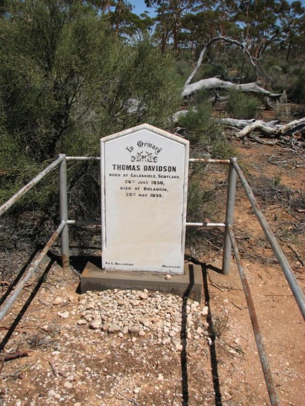 Thomas Davidson's headstone.